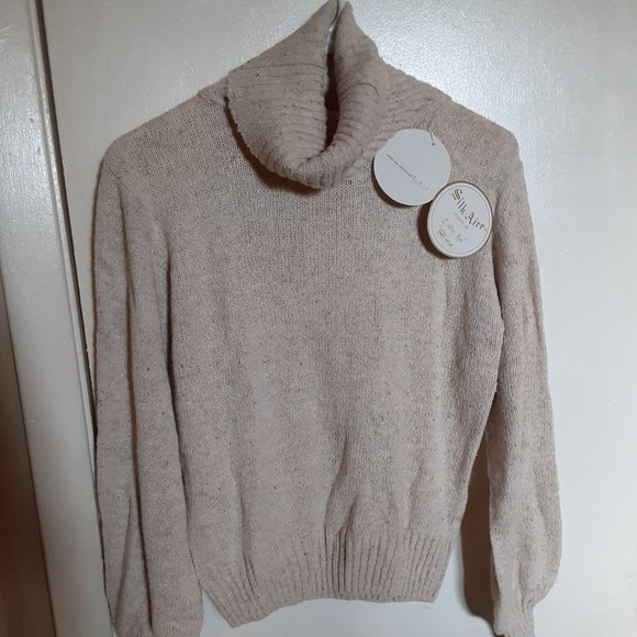 Tally Ho Beige Turtleneck Sweater (L)